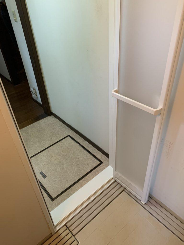 渋川市 浴室折戸・シャワーフック取付