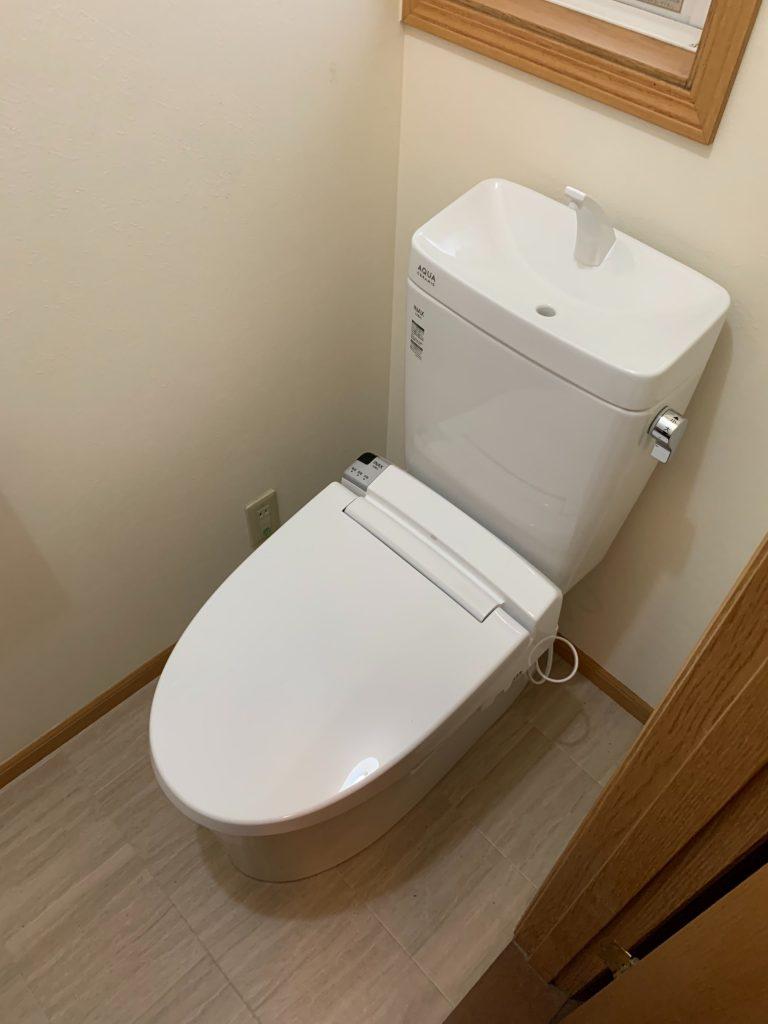 渋川市 1・2階トイレ工事 《リクシル アメージュZ+KA21》 -リフォームモリハウスー
